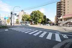 横浜市営地下鉄・阪東橋駅前の様子。(2011-11-21,共用部,ENVIRONMENT,1F)