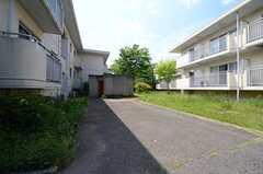 建物は2棟あり、専有部は3室ごとのユニットです。合計15ユニットあります。(2015-05-07,共用部,OTHER,1F)