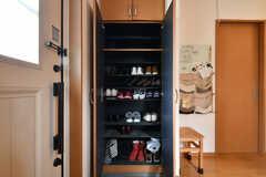 靴箱の様子。(2019-05-31,周辺環境,ENTRANCE,1F)