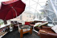ドームの様子。晴れた日は暑くなるので、小雨の日がおすすめだそう。(2019-05-31,共用部,OTHER,1F)
