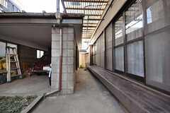 自転車置き場の様子。(2009-12-21,共用部,GARAGE,1F)