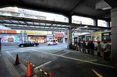 東急東横線・綱島駅のバスターミナル。(2009-12-21,共用部,ENVIRONMENT,1F)
