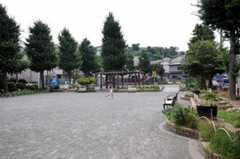目の前には公園があります。(2010-08-17,共用部,ENVIRONMENT,1F)