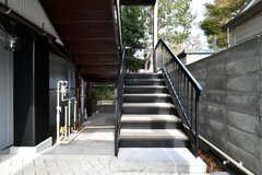 階段の様子。2階と3階がシェアハウスです。(2018-10-31,周辺環境,ENTRANCE,1F)