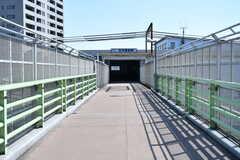 京急線・花月園前駅周辺の様子。(2019-03-15,共用部,ENVIRONMENT,1F)