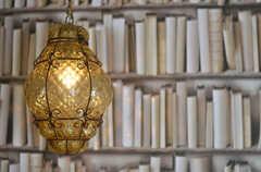 可愛らしいアンティークのランプ。(2013-03-11,共用部,OTHER,2F)