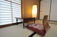 文机と座椅子。(101号室)(2013-04-11,専有部,ROOM,1F)