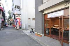 商店街のパン屋さん。(2013-02-25,共用部,ENVIRONMENT,1F)
