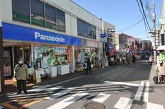 東急東横線・妙蓮寺駅前の様子。(2013-02-25,共用部,ENVIRONMENT,1F)