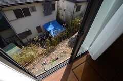 窓の外は何もないので、注意が必要です。(104号室)(2015-02-04,専有部,ROOM,1F)