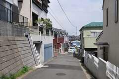 シェアハウス周辺は程よい坂。(2013-04-11,共用部,ENVIRONMENT,1F)