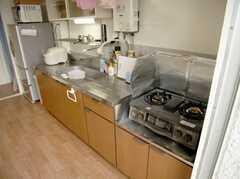 シェアハウスのキッチンの様子。(2007-07-29,共用部,KITCHEN,5F)