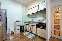 キッチンの様子。(2013-07-09,共用部,KITCHEN,4F)