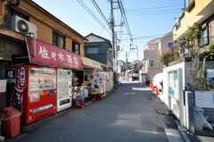 京浜急行屏風浦駅からシェアハウスへ向かう道の様子。(2009-02-06,共用部,ENVIRONMENT,1F)