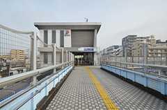 相鉄本線・西横浜駅の様子。(2015-11-24,共用部,ENVIRONMENT,1F)