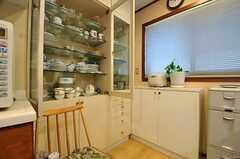 食器棚の様子。(2014-01-30,共用部,KITCHEN,1F)