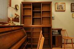 本棚の様子。(202号室)(2014-01-30,専有部,ROOM,1F)