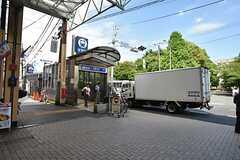 横浜市営地下鉄ブルーライン・弘明寺駅の様子。京急線の弘明寺駅はさらに5分ほど歩いた場所にあります。(2016-06-14,共用部,ENVIRONMENT,1F)