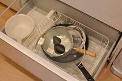 調理用具は引き出しに収納されています。(2016-06-02,共用部,KITCHEN,2F)