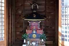 神輿は祭の際に担ぐことができます。住人は近隣のイベントにも参加できるのだそう。(2015-03-26,共用部,OTHER,1F)