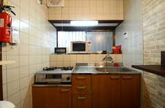キッチンの様子。(2016-04-05,共用部,KITCHEN,1F)
