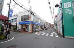 東急東横線・妙蓮寺駅前の様子。(2016-04-05,共用部,ENVIRONMENT,1F)