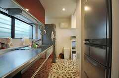 キッチンの様子3。(2013-11-06,共用部,KITCHEN,1F)