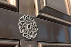 ドアスコープはデコラティブです。(A棟)(2017-02-15,周辺環境,ENTRANCE,1F)