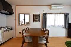 ダイニングテーブルの様子。(A棟)(2017-02-15,共用部,LIVINGROOM,1F)