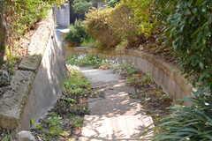 階段の様子。(2017-03-22,周辺環境,ENTRANCE,1F)