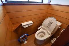 ウォシュレット付きトイレの様子。(2019-08-08,共用部,TOILET,1F)