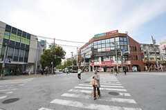 東急田園都市線・青葉台駅からシェアハウスへ向かう道の様子。(2011-04-15,共用部,ENVIRONMENT,1F)