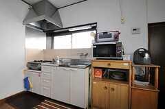 キッチンの様子。(2013-03-04,共用部,KITCHEN,1F)