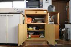 食器棚の様子。(2013-03-04,共用部,KITCHEN,1F)