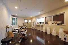 多目的スペースの様子。楽器演奏も可能です。(2012-02-10,共用部,OTHER,1F)