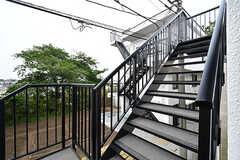 階段の様子。屋上につながっています。(2017-05-09,共用部,OTHER,2F)