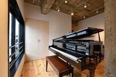 グランドピアノは、オーナーさん家族が大事に使ってきたもの。(2017-05-09,共用部,OTHER,2F)