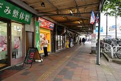 東急東横線・反町駅近くのアーケード街の様子。(2017-05-09,共用部,ENVIRONMENT,1F)