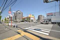相鉄本線・西横浜駅からシェアハウスへ向かう道の様子。(2015-04-27,共用部,ENVIRONMENT,1F)