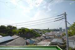 窓から眺められる、突き抜ける青い空。(202号室)(2014-07-31,専有部,ROOM,2F)