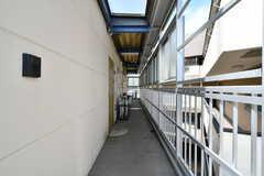 外廊下の様子。女性専用フロアです。(2020-08-24,共用部,OTHER,3F)