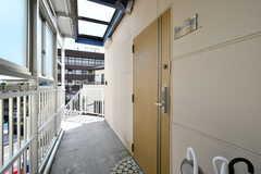 玄関ドアの様子。(2020-08-24,周辺環境,ENTRANCE,3F)