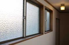 窓の様子。(2012-12-25,共用部,OTHER,2F)