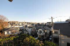 窓からの景色。(201号室)(2012-12-25,専有部,ROOM,2F)