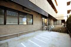 自転車置場の様子。(2009-12-21,共用部,GARAGE,1F)
