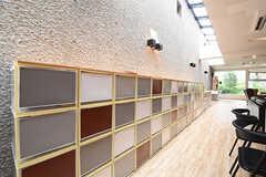 収納棚は専有部ごとに使えるスペースが決まっています。(2016-06-06,共用部,OTHER,1F)