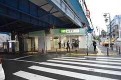 JR根岸線・山手駅の様子。(2014-10-15,共用部,ENVIRONMENT,1F)