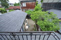 庭が見下ろせます。(202号室)(2015-05-19,専有部,ROOM,2F)