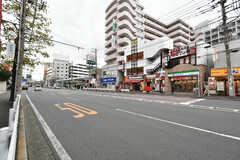 京急本線・井土ヶ谷駅前の様子。(2019-12-06,共用部,ENVIRONMENT,1F)