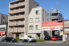 シェアハウスの外観。3-4Fがシェアハウスです。(2012-11-21,共用部,OUTLOOK,1F)